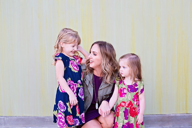 mother daughter fall outfit inspiration for photo shoot
