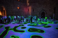 miguel-chevalier-magic-carpets-interactive-virtual-reality-installation-castel-del-monte-italy-designboom-09