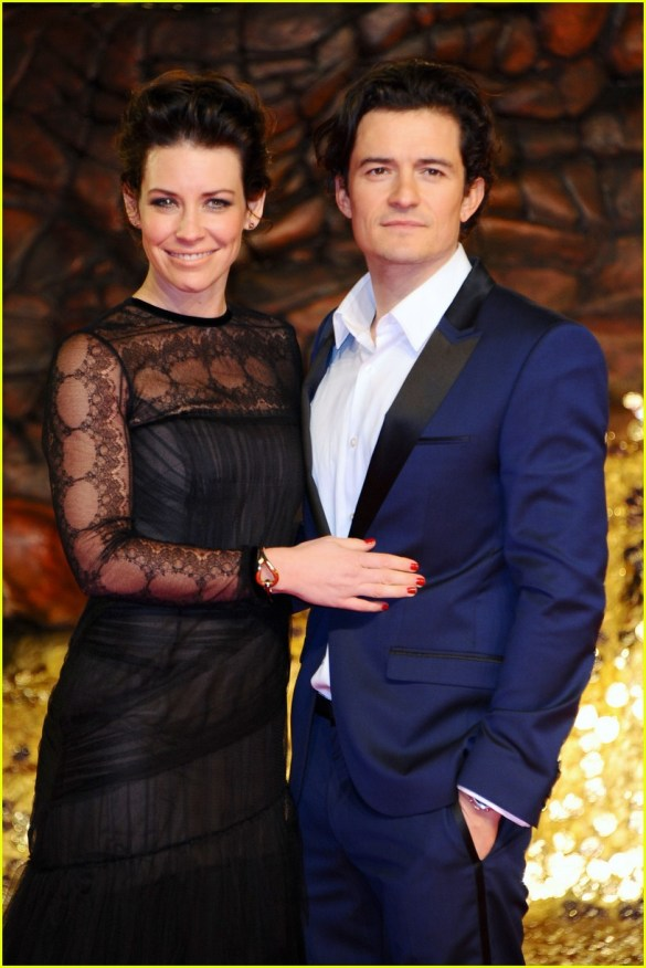 orlando-bloom-evangeline-lilly-hobbit-berlin-premiere-02