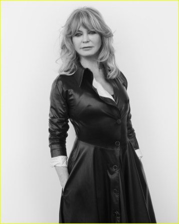 goldie-hawn-interview-magazine-01
