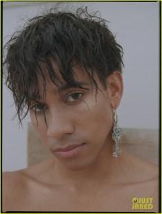 keiynan-lonsdale-gay-times-april-03