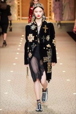 Dolce e Gabbana croci