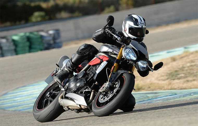 Triumph Street Triple - Motos Naked Roadster
