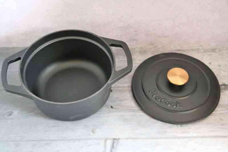 ProCook Matte Black Cast Iron Casserole Dish