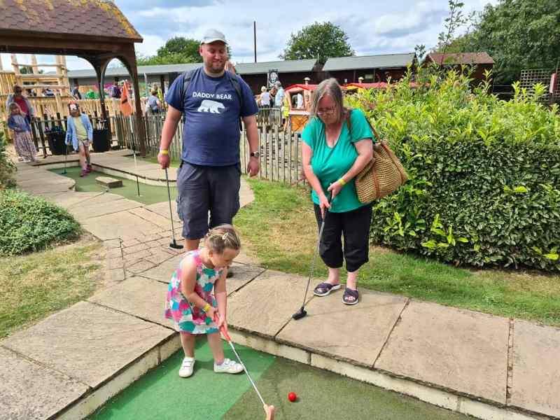 Wroxham Barns - Mini golf
