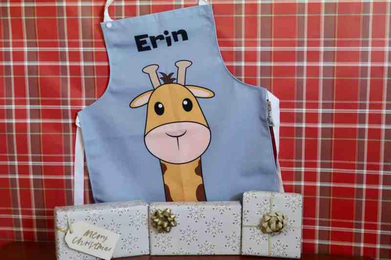 GiftPup Personalised children's giraffe apron