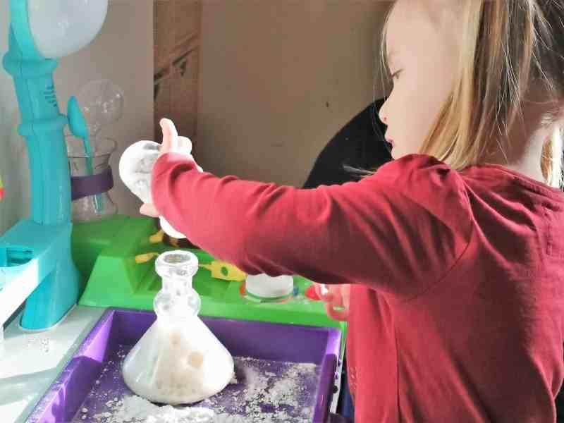 Little Tikes STEM Jr Wonder Lab