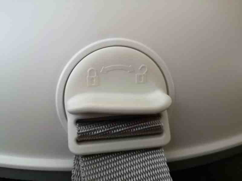 Baby Bjorn Booster Seat lock