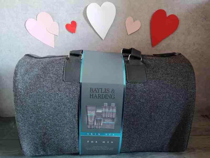Baylis & Harding Skin spa men's weekend bag from Victoria Plum