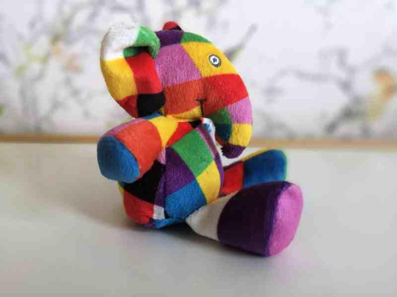 Elmer rattle toy