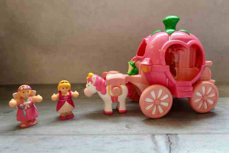 WOW Toys Pippa's Princess Carriage Review