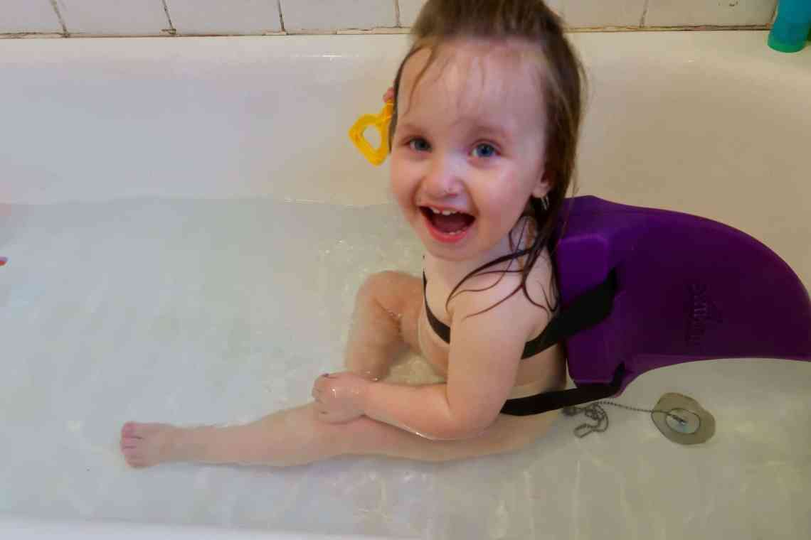 Swimming Safely With SwimFin