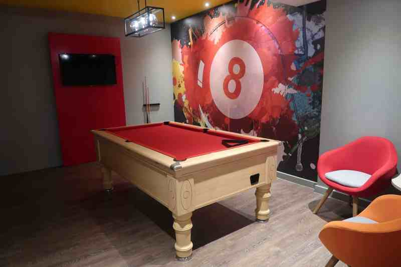 Holiday Inn Express London - Stansted Airport Hotel renovated games area