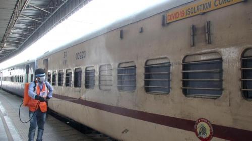 रेलवे: अबतक 1,952 कर्मचारियों की कोरोना से मौत