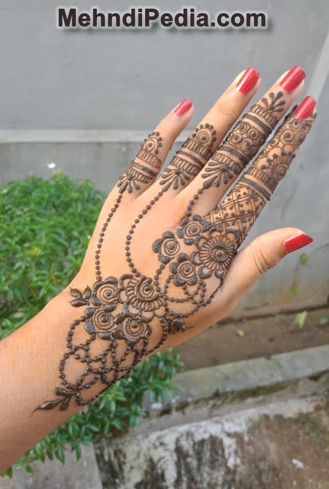 Latest Mehandi designs for left hand