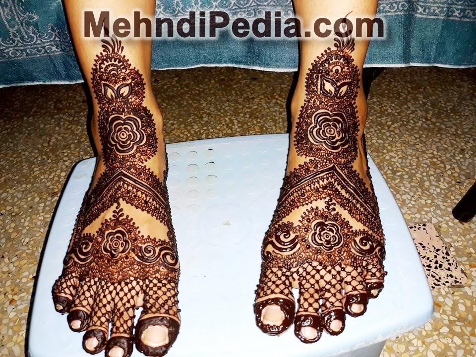 indian mehndi designs for feet easy