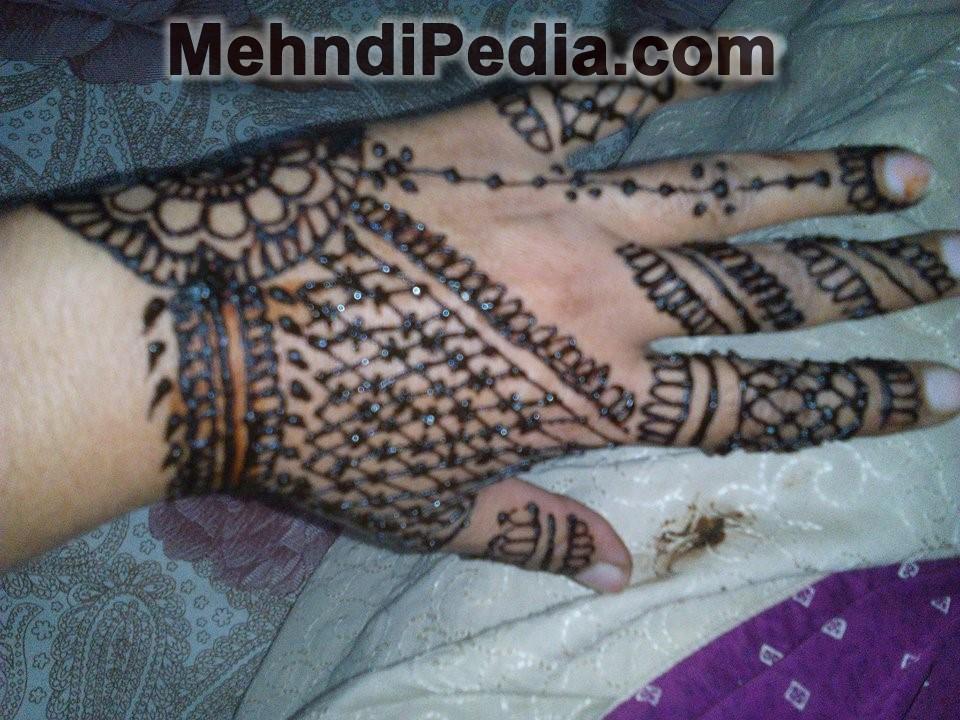 jewellary style left hand mehndi designs free