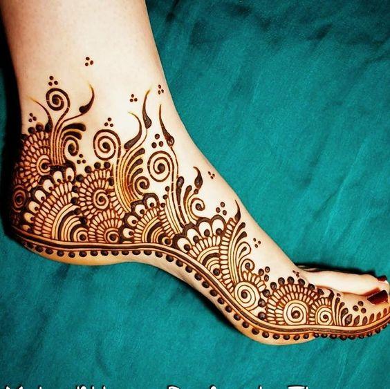 leg mehndi designs easy only right side