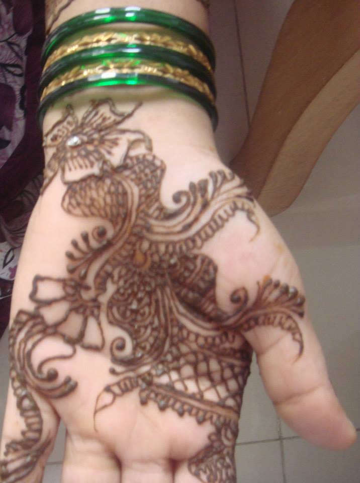 simple front hand mehndi design easy only