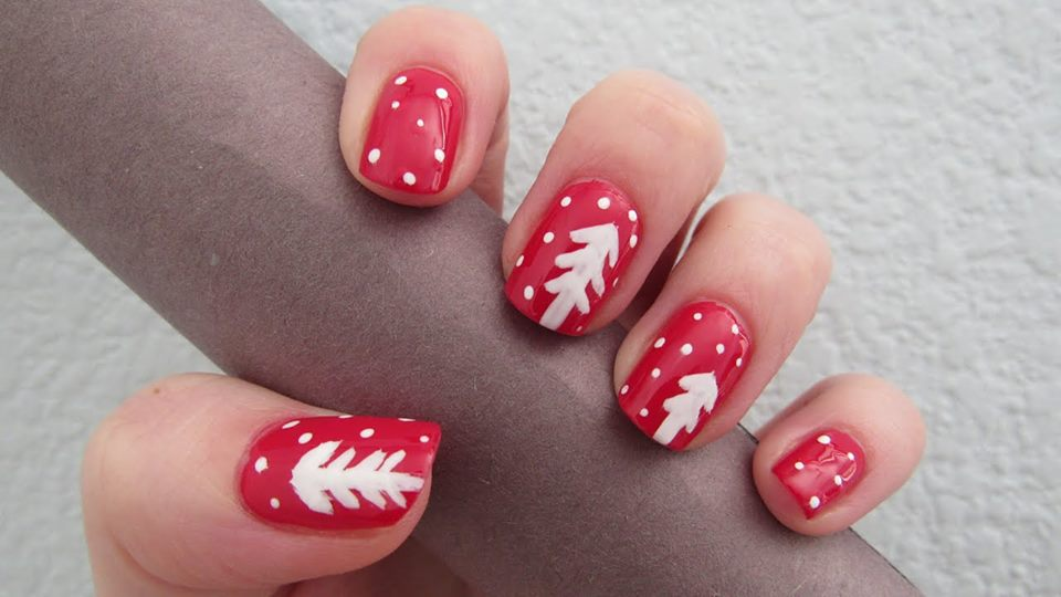 palm tree nail art design