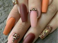toothpick nail art maroon and orange colour with golden shade