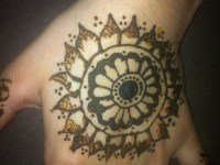 back hand circle henna designs