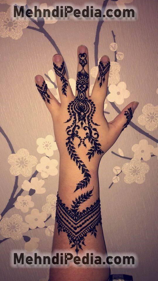 back hand mehndi design for collage girls