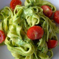Tagliatelle mit selbstgemachtem Bärlauch-Pesto