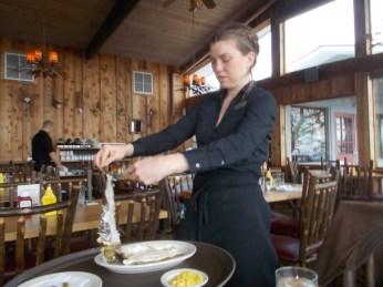 041116 Waitress with bones