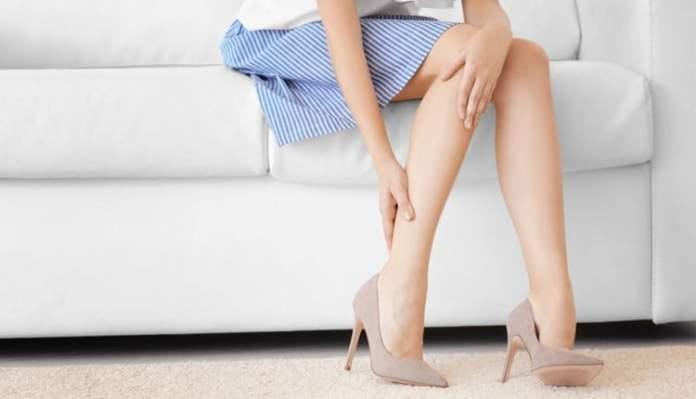Ayak bileği ağrısı neden olur uzun süre topuklu ayakkabı giyerseniz...