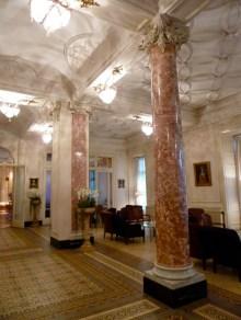 Eingangshalle des Schweizerhofs
