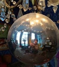 Spiegelung im Ensor-Haus