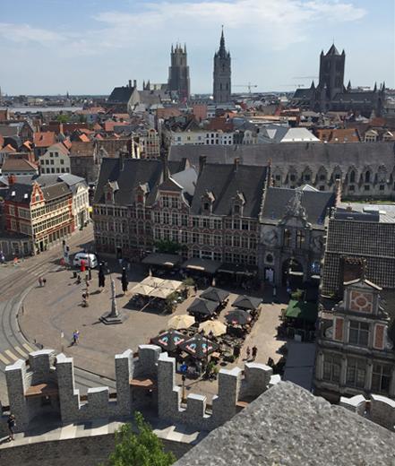 Blick auf die Dächer von Gent