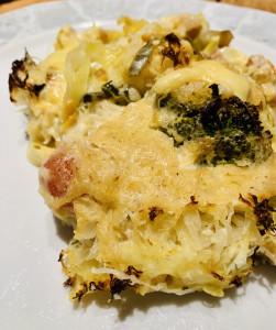 Eine Portion Kartoffel-Sauerkraut-Auflauf
