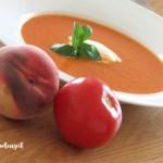 Würzige Tomaten-Pfirsich-Suppe