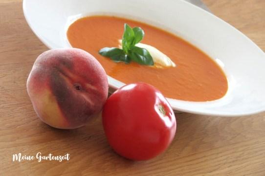Rezept für würzige Tomaten-Pfirsich-Suppe - www.meine-gartenzeit-de