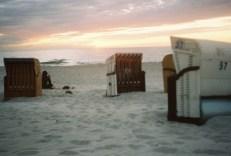 strandkorbe-sandstrand-ostsee