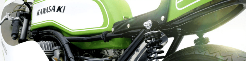 Roban su motocicleta Kawasaki 27 años después la recupera