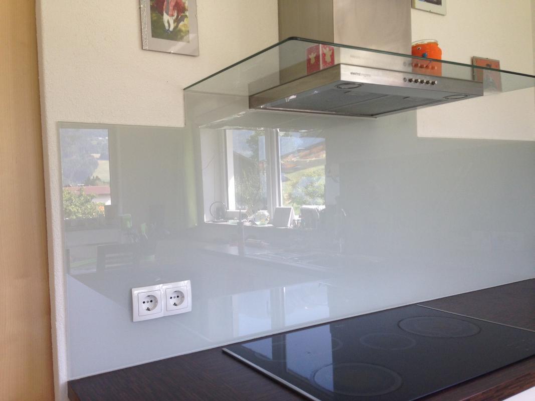 Küchenrückwand- nachher (aus einem Stück von meinglaser.at)