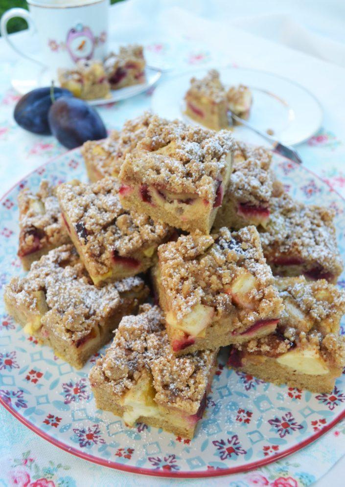 Herbstliches Kuchenglück! Zwetschken-Apfel-Kuchen mit Zimtstreusel