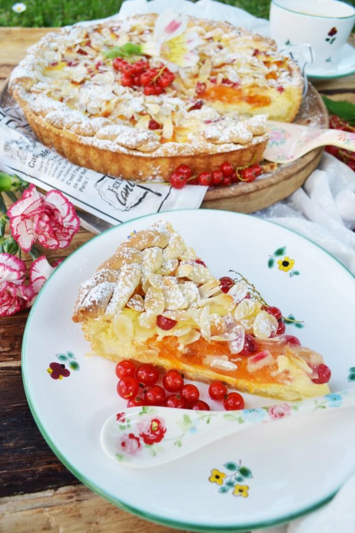 Ein letzter Sommerkuchen! Topfen-Obst-Tarte mit Joghurteis