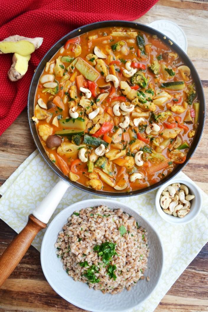 Für kalte Tage! Mein wärmendes Wohlfühl-Gemüse-Curry mit Dinkel-Reis