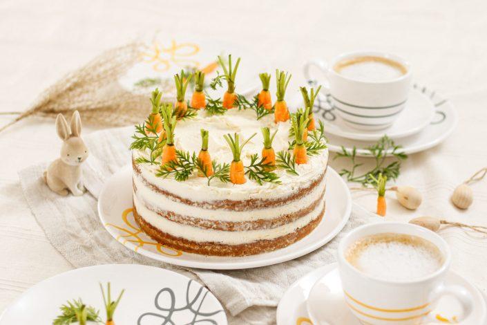 KINDHEITSKLASSIKER IM NEUEN LOOK! Karottenkuchen Naked Cake mit Frischkäsecreme