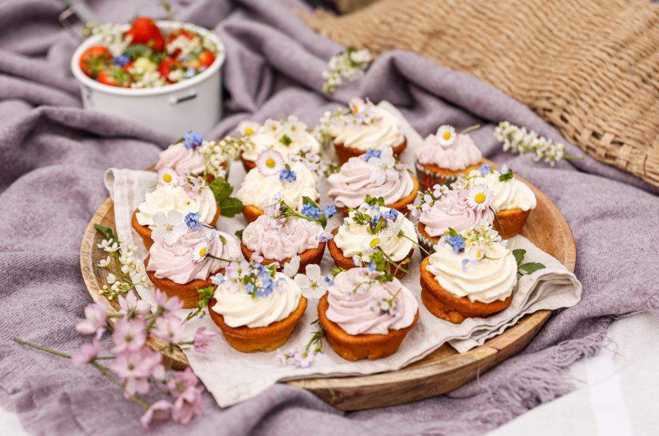 SÜSSE KÜCHLEIN & FAIRE MODE FÜR DIE GANZE FAMILIE! Zarte Flower Cupcakes zum Muttertag