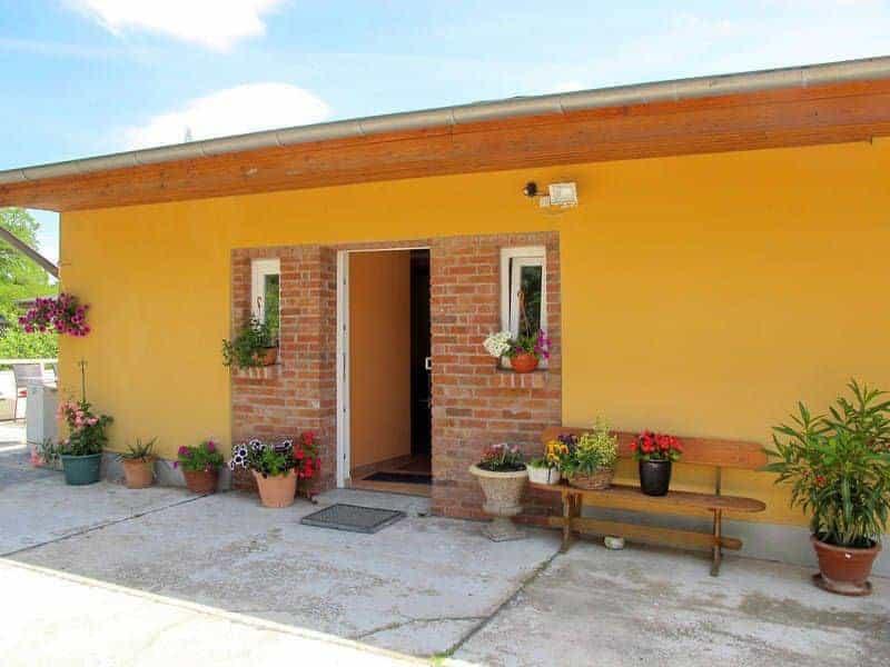 Ferienhaus Barbara in Joachimsthal mit Kamin und Spielplatz