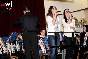 harmonika-orchester-endenburg-sallneck-laesst-es-krachen-03