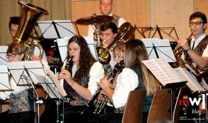 ueberwaeltigendes-jahreskonzert-des-musikverein-gersbach-02