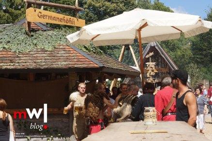 keule-hoch-germanenfest-in-mambach-01