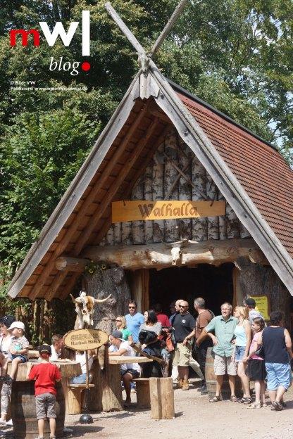keule-hoch-germanenfest-in-mambach-03