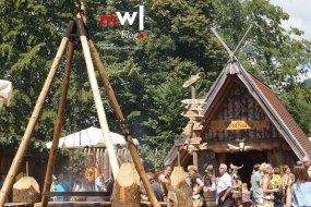 keule-hoch-germanenfest-in-mambach-04